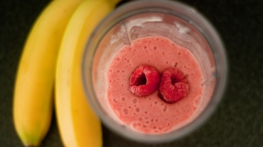 featured-image-1-smoothie-7-surprising-health-benefits-370×208